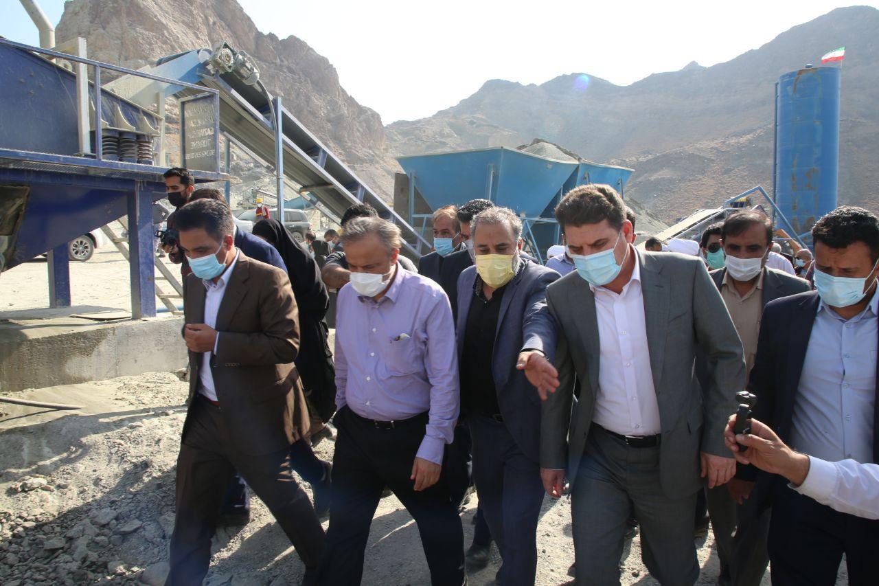 سفر وزیر صنعت معدن و تجارت به استان کرمان (4)